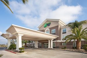 daylight exterior of Holiday Inn Express & Suites Yosemite Pk Chowchilla